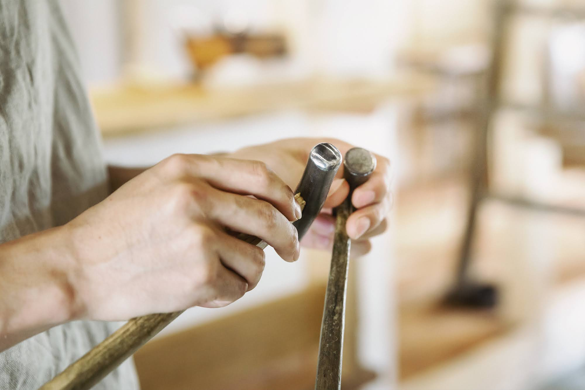 制作に使用する金槌